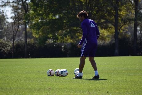Ricardo Kaká prepares for a set piece during training prior to Orlando City SC's media day on Friday, February 26, 2016. (Victor Ng / Orlando Soccer Journal)